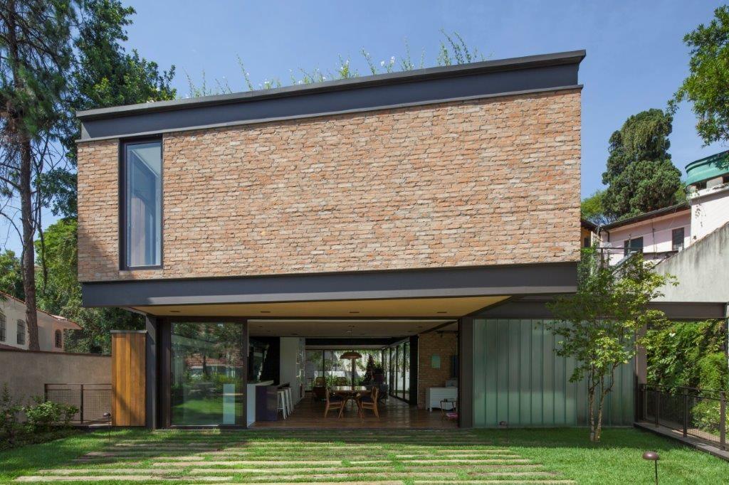 Circuito Arq+Decor dmv-arquitetos-08 Casa Pacaembu, assinada pelo DMDV arquitetos, se destaca pelo uso de estrutura metálica PROJETOS