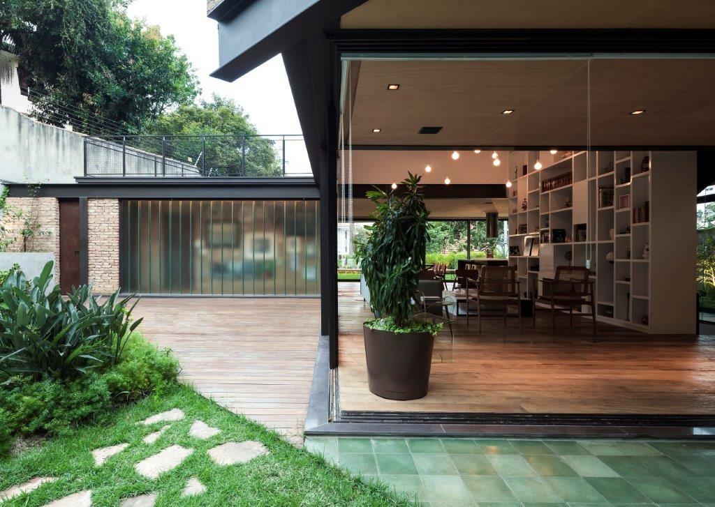 Circuito Arq+Decor dmv-arquitetos-10 Casa Pacaembu, assinada pelo DMDV arquitetos, se destaca pelo uso de estrutura metálica PROJETOS