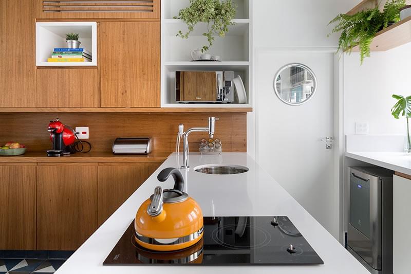 Circuito Arq+Decor tria-arquitetura-05 Texturas naturais, plantas e fluidez no apto com 'clima de casa' assinado pelo TRIA Arquitetura PROJETOS